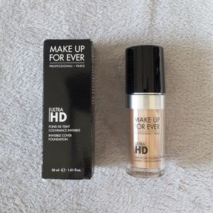 Makeup Forever Ultra HD Foundation 107=R240 1.01oz